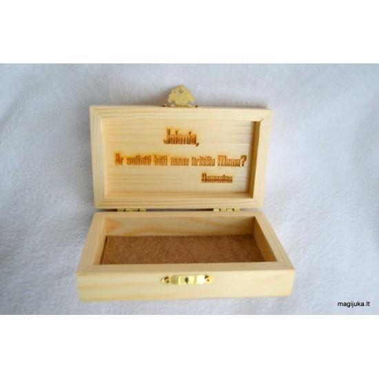 Dėžutė - kvietimas krikšto mamytei