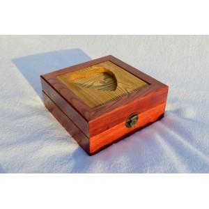 Sendinta dėžutė su širdele