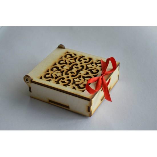Dėžutė apyrankei