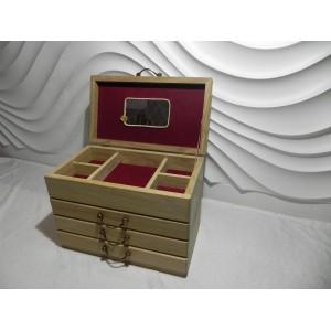 Dėžutė papuošalams-komodėlė