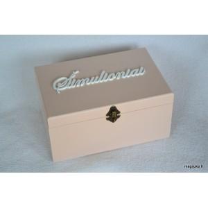 Dėžė su pavarde