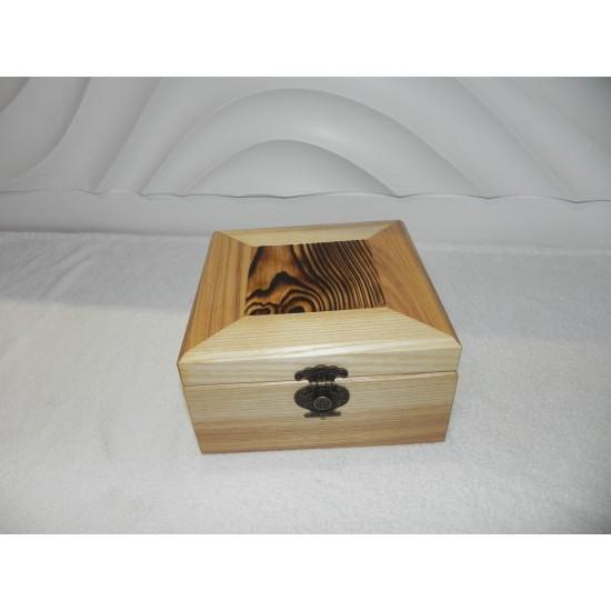 Dėžutė papuošalams