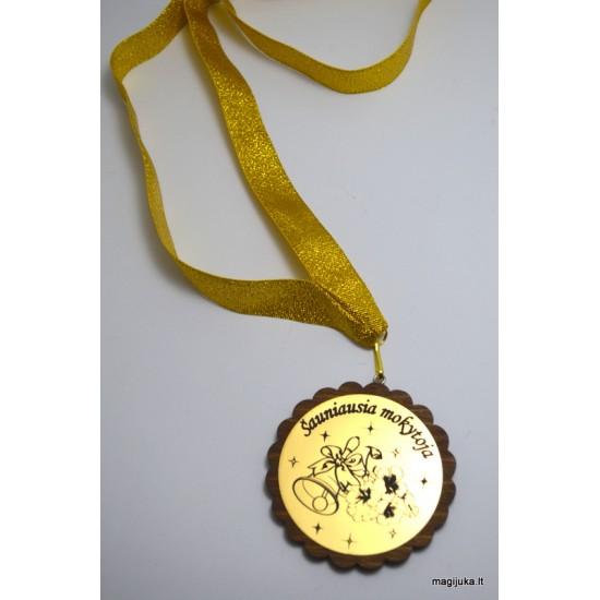 """Medalis """"Šauniausia mokytoja"""""""