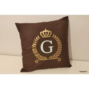 """Dekoratyvinė pagalvėlė """"Inicialai"""""""
