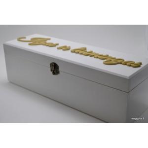 """Balta vyno dėžė """"Ilgai ir laimingai"""""""