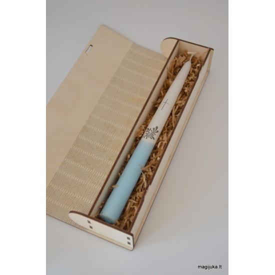 Dėžutė krikšto žvakei atverčiama